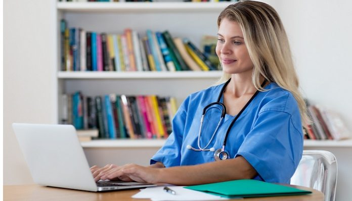 5 Benefits of Earning A Masters Degree In Nursing