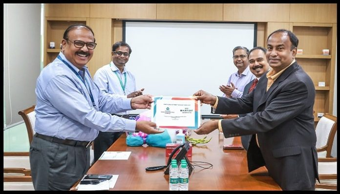 Indian Immunologicals hands over first batch of COVAXIN Drug Substance to Bharat Biotech in Record Time